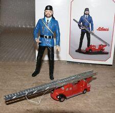 Z2 Schuco Piccolo 01232 Feuerwehrmann mit Magirus FW