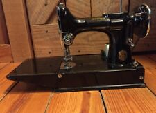 1935 Singer Featherweight Sewing Machine With Case and Extras!! Vintage - Runs!!