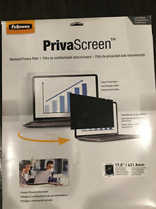 """Fellowes PrivaScreen Blackout Display Privacy Filter for 17"""" Screen - Black"""