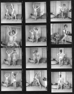 CD151-0362 VINTAGE B&W 8x10 CONTACT PROOF SHEET NUDE LESBIAN LESBO GIRLFRIENDS
