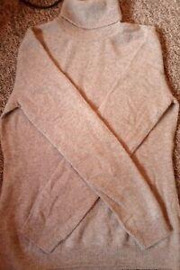 Cashmere roll neck jumper grey