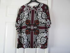 m&s (Autograph) used a size 20 and Burgundy in colour long top