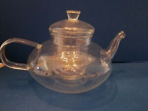 Teavana Teapot with Infuser & lid clear Glass 3 cup volume.