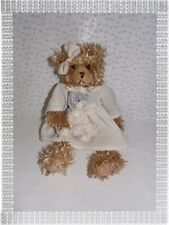 ♠  -   Peluche Ours Beige Robe Blanche Petit Chat Louise Mansen  37 cm