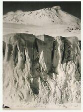 "*Postcard-""Sledger @ Glacier & Mount Erebus"" *Scott's Antarctic Expedition"" (Q1)"