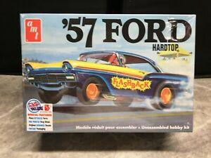 "AMT 1/25 scale 1957 Ford Fairlane hardtop model car kit ""Flashback"""