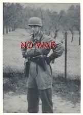 WWII ORIGINAL GERMAN WAR PHOTO PARATROOPER YOUNG SOLDIER WITH HELMET & PISTOL =