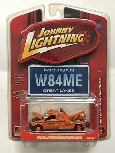 JOHNNY LIGHTNING 1999 FORD F-450 TOW TRUCK 1:64 LIMITED EDITION R7 #50