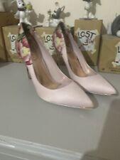 Ted Baker UK 8 Kawaap Painted Posie Court Shoes Heels Floral RRP 120 EU 41 US 10