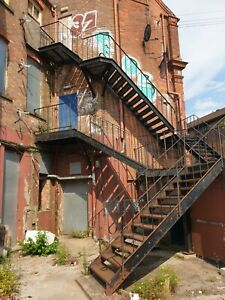 Fire Escape Staircase / Metal External Staircase / Fire Escape Steel Stairs 2