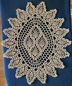 """Oval Pineapple Hand Crochet Doily 17 x 13.5"""" - **NEW** - Lone Star Lace"""