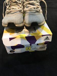 Adidas Ultra Boost J Gray Size 7