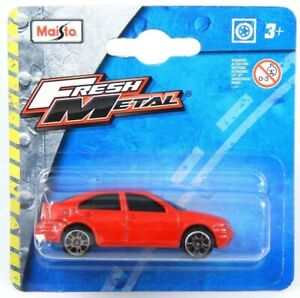 Volkswagen Bora Jetta Sedan 1J MK4 MKIV Red Maisto 11907 1:64 3 inch Toy Car
