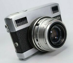 CARL ZEISS WERRA MAT 35MM FILM CAMERA, CASED WITH HOOD AND CAP.