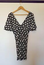 Elle would womens size 10 black white skull print off shoulder mid length dress