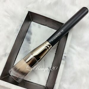MAC 170 Rounded Slant foundation kabuki Brush *brand new medium to full coverage