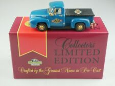 YRS07/SA 1953 Ford F100 Pick Up 50th Anniversary - 47480 Matchbox Collectibles Y