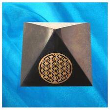 "Schungit Pyramide,""Blume des Lebens""ca.70x70mm,ca.230 g, poliert, shungite"