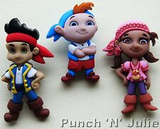 JAKE AND THE NEVERLAND PIRATES Disney Cubby Izzy Dress It Up Craft Buttons