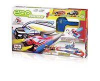 Eco Racer Rennbahn mit 2 Autos Ohne Strom von Hand aufladen