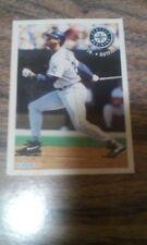 KEN GRIFFEY JR. BASEBALL CARD SEATTLE MARINERS FLEER 1994 (13 OF 25)