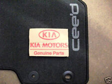 KIA CEED - FRONT AND REAR  CARPET MAT SET GENUINE 2013 - A2143ADU10