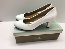 SOFTSHOE by MEDICUS Womens 8M White Leather Judy Heels Pumps Shoes (j)