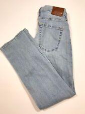 Abercrombie & Fitch Men's Kennan Straight Leg Stretch Light Wash Jeans 29x30