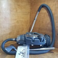 Royal Canister Vacuum Model 4150