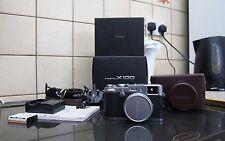 FujiFilm X100 Fuji Digital Camera (Silver) *FREE DELIVERY*