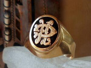 Siegel initialen Herrenring. 750/000 18K. GG. Frankreich, Größe 65(20,6mm Ø)