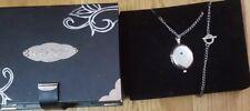 Ed Hardy Damen Uhr Medaillon - Style originaler Schatulle wunderschön