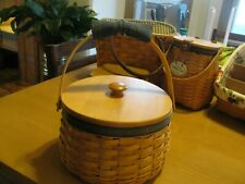Longaberger 2001 collectors club round lid basket complete see pics