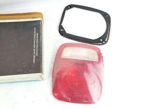 NOS GM Lens Tail Light 703538 D8HZ13450A 437850C91 IHC Ford Mack
