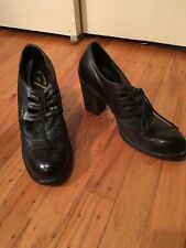 Gixus Lace Up Black Leather Shoes Women's 9