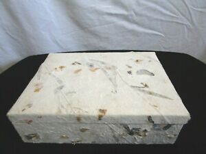"""Ivory Handmade Paper With Embedded Leaves ECO Friendly Gift Box 9"""" x 7"""" x 3"""""""