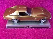 Danbury Mint 1969 Chevy Corvette 50 Years 1:43 Scale Resin Die Cast Model Car