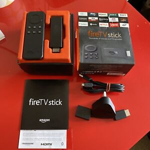 Amazon Fire TV Stick 2015 (1st Gen) with Basic Remote - Black Boxed - Complete