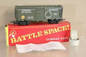 TRIANG HORNBY R249 BATTLE SPACE EXPLODING CAR WAGON BOXED nv