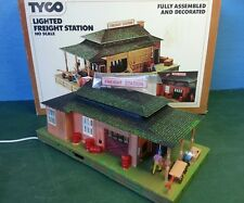 TYCO Lighted FREIGHT STATION 906 HO Scale Built Kit Train Track Building in Box