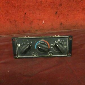 2002 International 9200 Climate Control Panel Assembly  09-252 NO RESERVE!