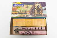 HO ATHEARN KIT UNION PACIFIC UP 50' FT OUTSIDE BRACED BOX CAR 1342
