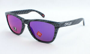Oakley Frogskins OO9013-J255 Sunglasses - Carbon Fiber/Prizm Road