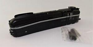 Rivarossi HR2343/01 Gehäuse komplett BR61 002 schwarze Lackierung DR Ep.III neu