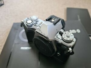 Olympus om-d e-m5 mark ii, plus 3rd party grip. Boxed, in good used condition.