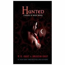 Hunted: A House of Night Novel (House of Night Novels)
