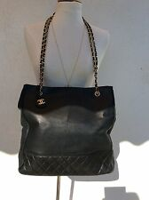 Authentique grand sac cabas cuir noir Chanel Vintage International Postage