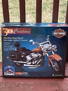 Harley-Davidson Heritage Softail Classic 3D Creations Model Kit  NIB