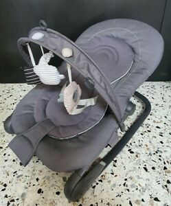 CHICCO HOOPLA Baby Bouncy Chair/Rocker - VG Condition - Grey - 0-12 months