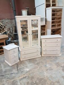 HANDMADE LUTON 3 PIECE BEDROOM SET IN WHITE DOUBLE MIRRORED WARDROBE ASSEMBLED